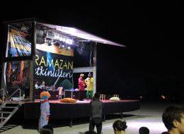 İzmir Hacivat Karagöz Gösterisi