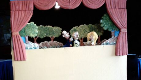 Kukla Tiyatrosu